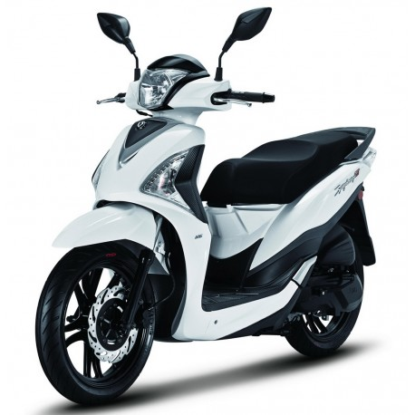 (English) Rent Scooter Mallorca: Pick up client airport in Mallorca